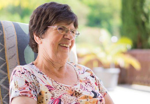 4 bonnes raisons d'avoir recours à la téléassistance intelligente pour seniors