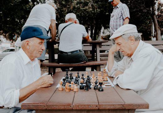 Quel âge pour entrer dans une résidence senior ?